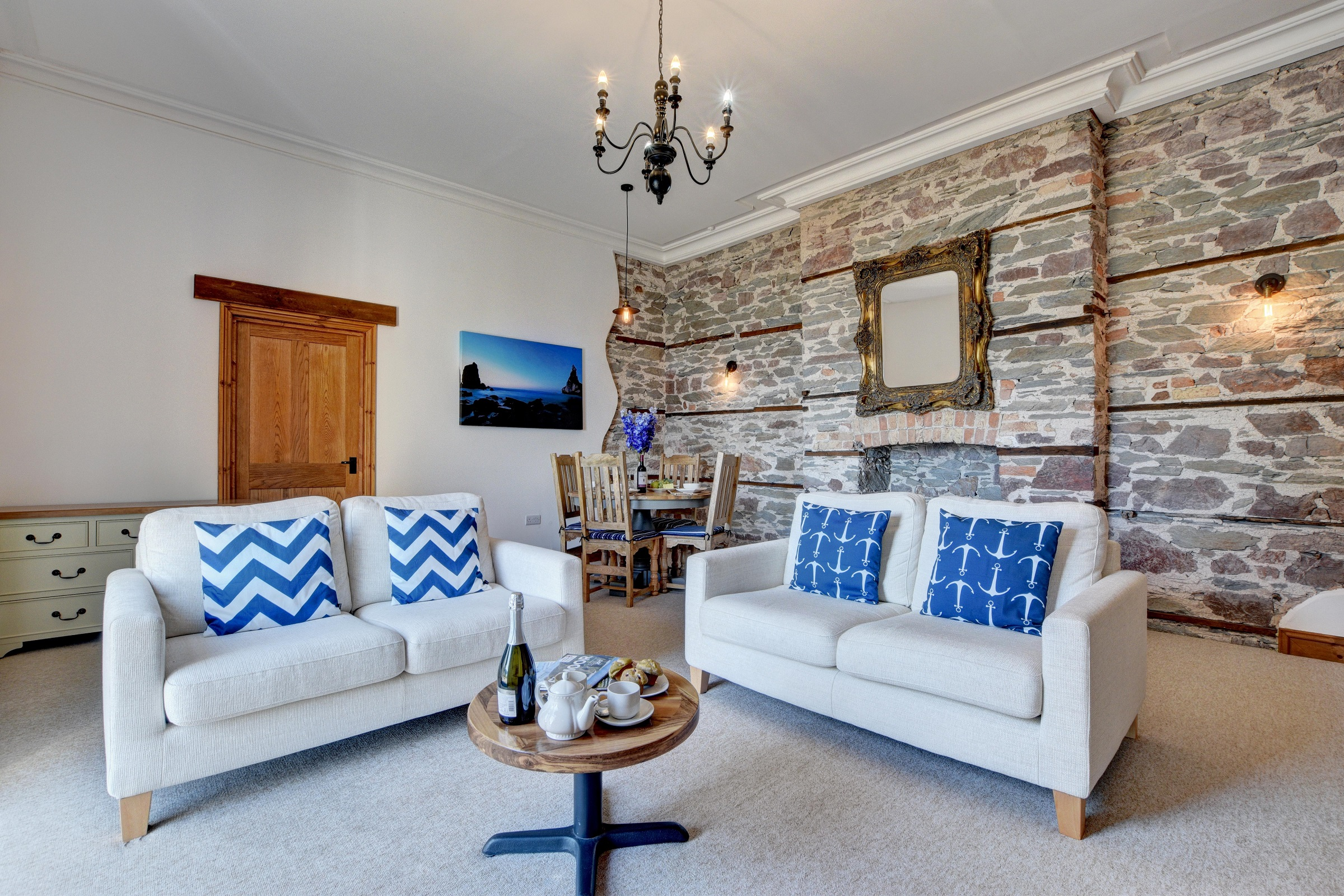 Baronets-Quarters-Lounge-with-Magnificent-seaview